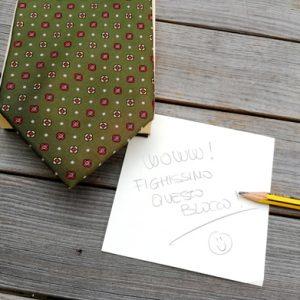 blocco cravatta realizzato con materiali di recupero da Ricicli Design