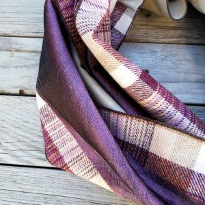 Sciarpa realizzata con tessuti e cravatta da Ricicli Design