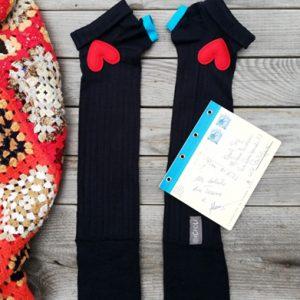 Guanticalza realizzati con calze nuove e imperfette da Ricicli Design