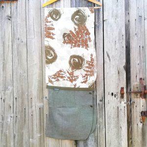 Stola unisex realizzata con materiali di recupero da Ricicli Design. Stola cerimonia.